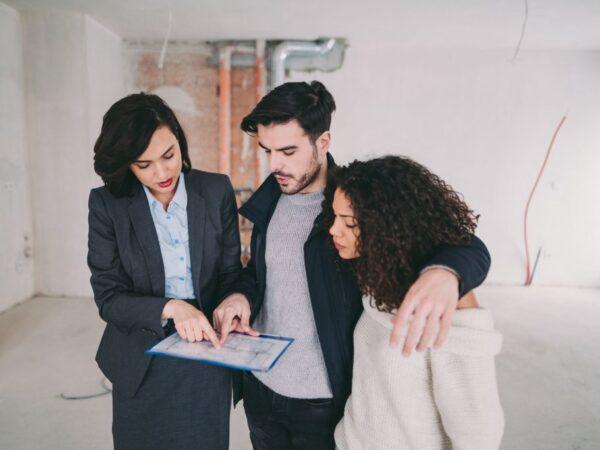 Cinco mejores servicios para compradores y vendedores de bienes raíces